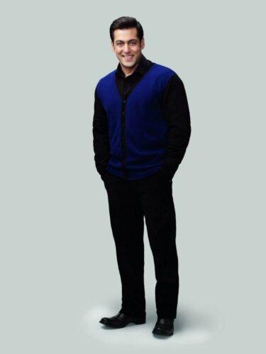 14-375x500 Salman Khan's Dressing Styles – 20 Best Looks of Salman Khan