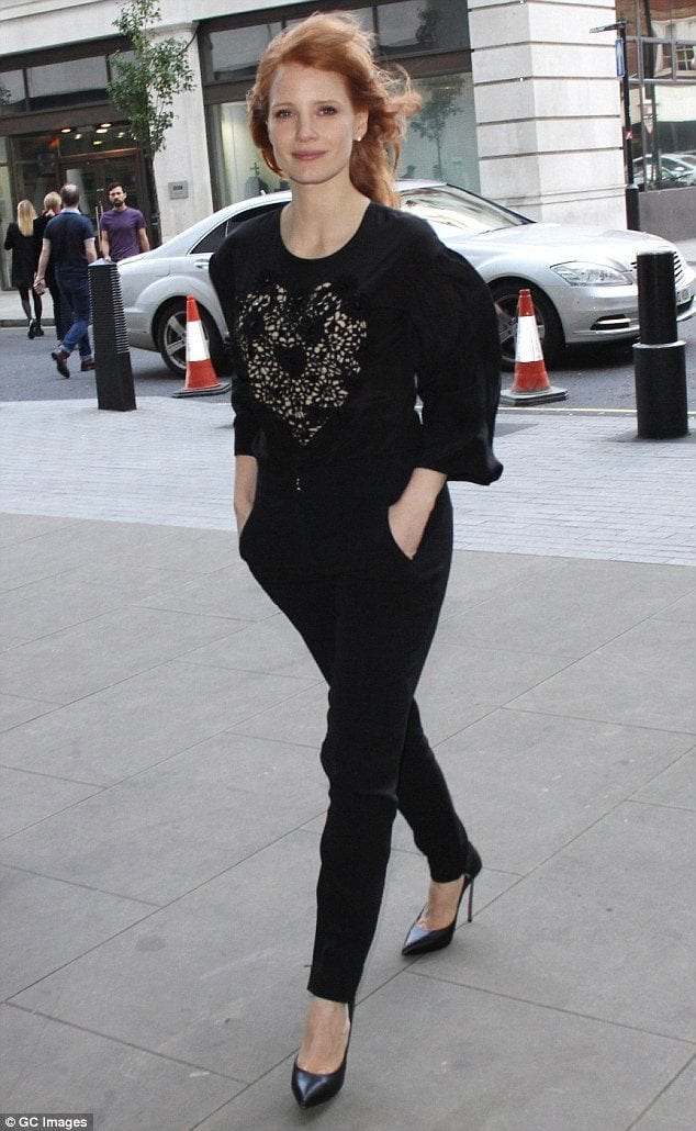 1414777904781_Image_galleryImage_LONDON_ENGLAND_OCTOBER_31 25 Celebrities All Black outfits Styles for Fall to Copy