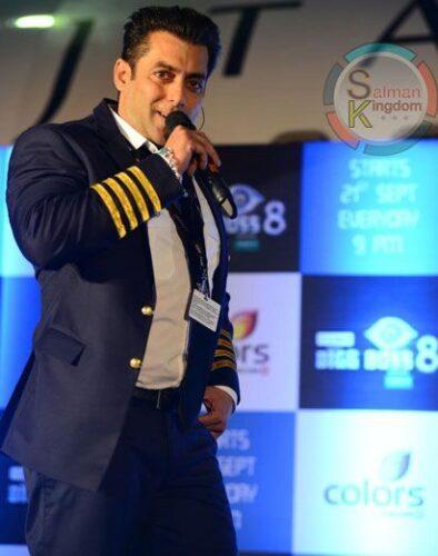 15-394x500 Salman Khan's Dressing Styles – 20 Best Looks of Salman Khan