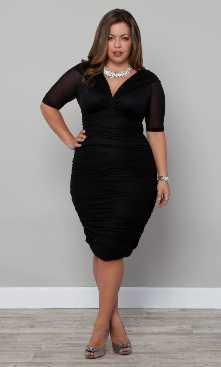 top 8 short height plus size models breaking the stereotypes. Black Bedroom Furniture Sets. Home Design Ideas