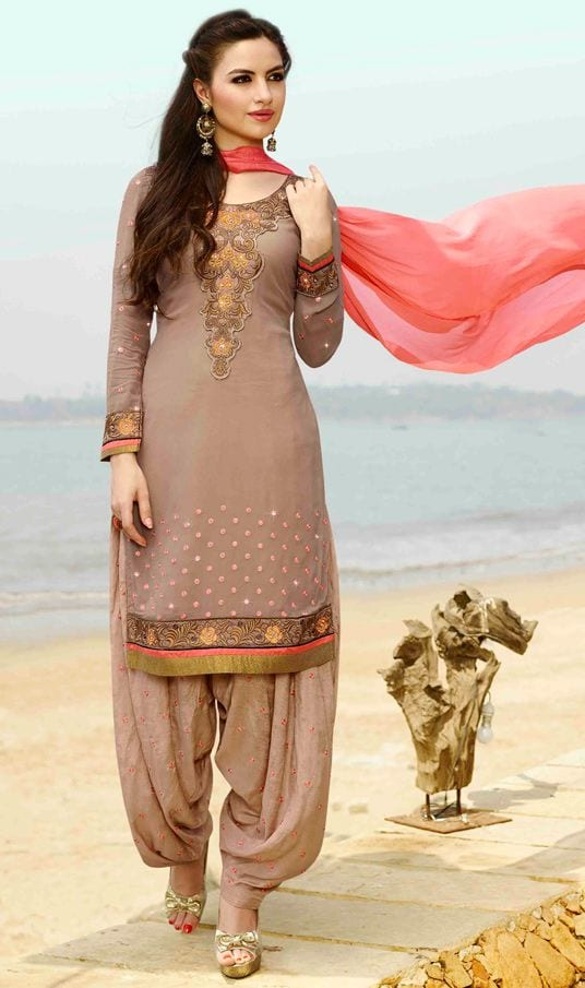4-traditional-indian-patiala-salwar-suits-collection-10