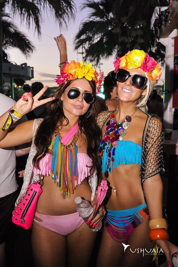 5af40efa2c5fad8f22b56b91142ffd9d What to Wear in Ibiza? 20 Ibiza Outfit Ideas - Travel Style