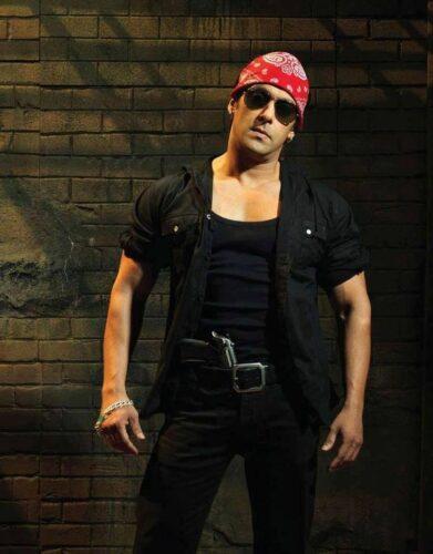 9-391x500 Salman Khan's Dressing Styles – 20 Best Looks of Salman Khan