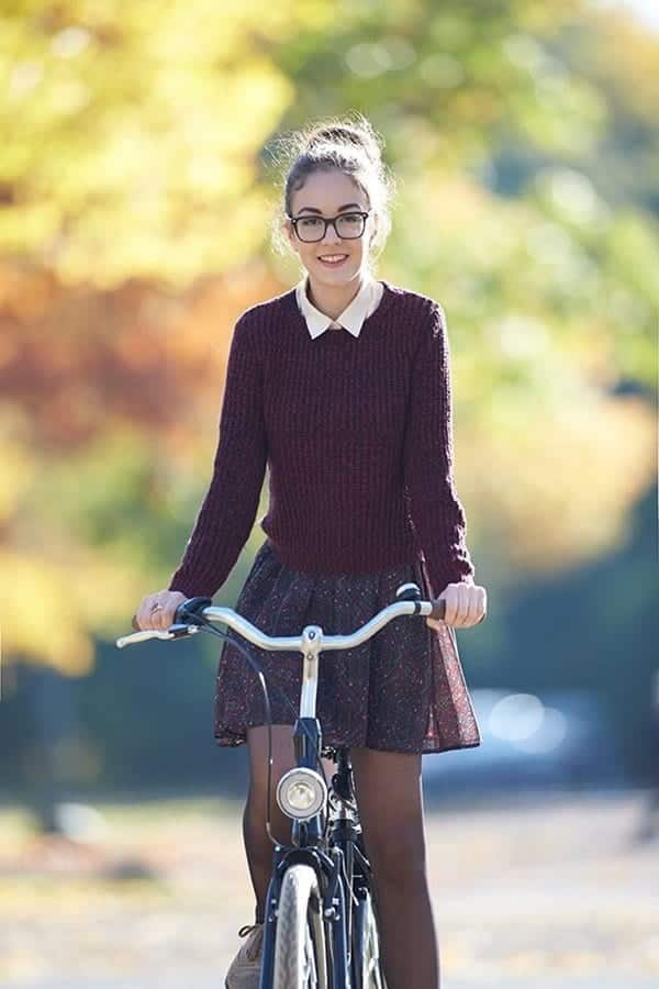 Attractive-College-Outfits-For-Girls-31 17 Cute College Outfits for Short Height Girls to Look Tall