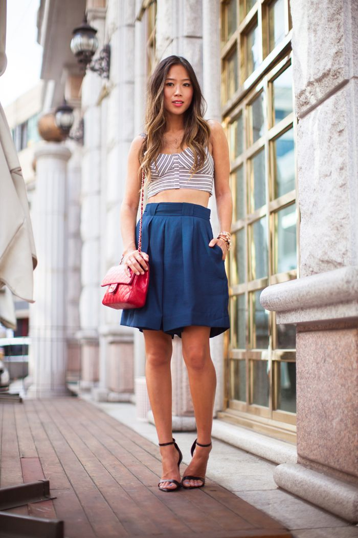 Cute-Bermuda-Shorts-Outfits-For-Girls-10 How to Wear Bermuda Shorts for Girls - 20 Outfits Ideas