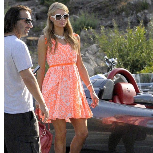 Paris-Hilton What to Wear in Ibiza? 20 Ibiza Outfit Ideas - Travel Style