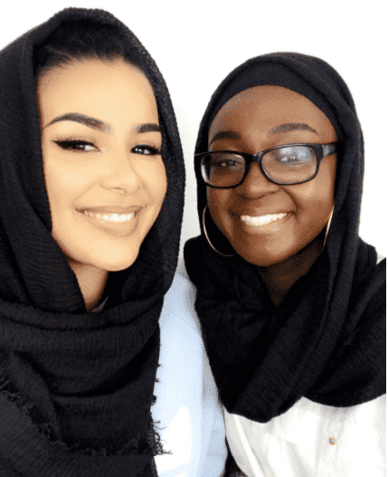 black-hijab-with-glasses 30 Cute Hijab Styles For University Girls - Hijab Fashion