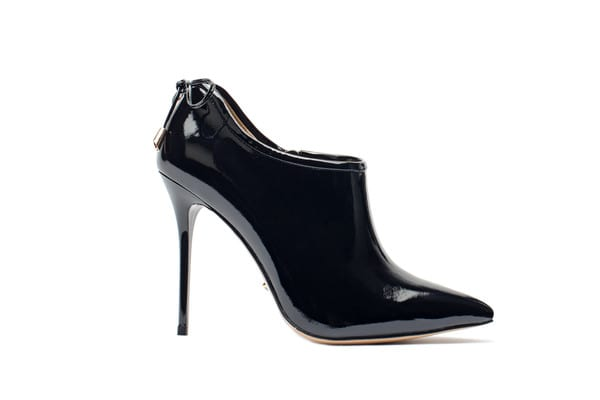 black_he_grande Trending Heels Which Should be Part of Your Closet