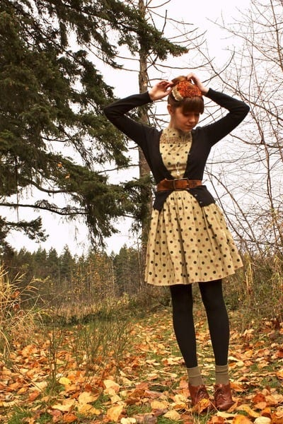 brown-vintage-accessories-black-h-m-cardigan-green-vintage-dress-brown-vin_400 Fall Outfit Ideas-20 Best Fall Clothing Fashion Tips