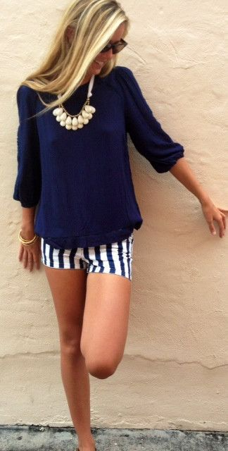 cute-bermuda-shorts-outfits-for-girls-21 How to Wear Bermuda Shorts for Girls - 20 Outfits Ideas