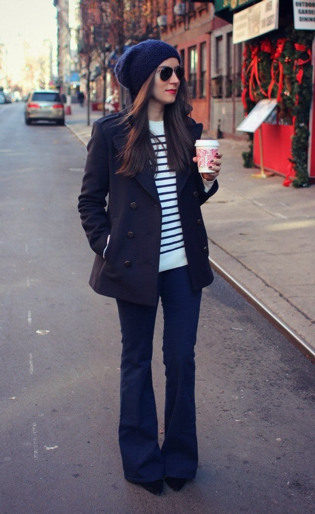flaredjeans-look-taller 17 Cute College Outfits for Short Height Girls to Look Tall