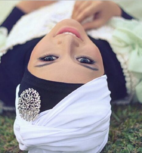 Hijab With Fancy Brooch