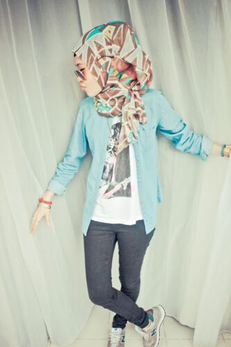 hijab29-333x500 30 Cute Hijab Styles For University Girls - Hijab Fashion