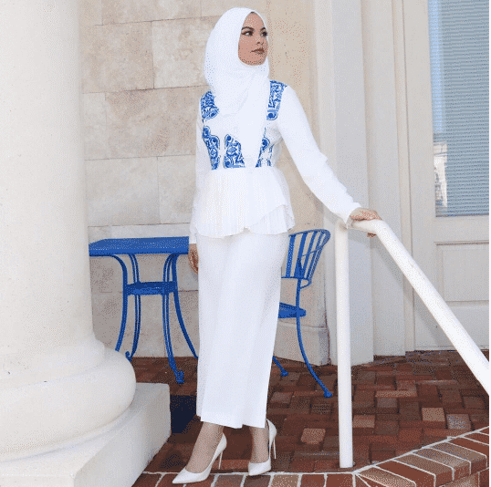 white-hijab-university-outfit 30 Cute Hijab Styles For University Girls - Hijab Fashion