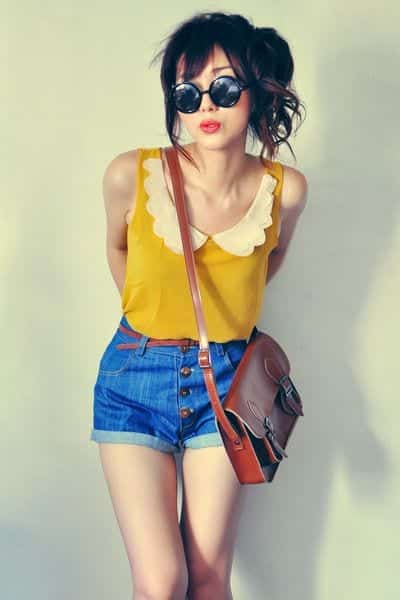 High-Waisted-Shorts-Outfits7 25 Cute Outfits With High Waisted Shorts For A Chic Look