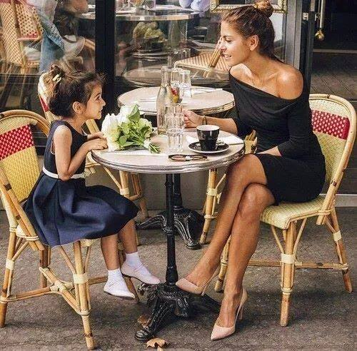 11025816_1170083406365572_1604414375173310488_n 100 Cutest Matching Mother Daughter Outfits on Internet So Far