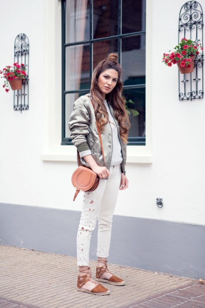 Fashionable ways to wear white jeans (20)