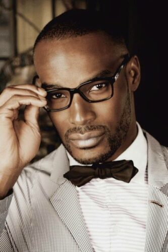 Black-Men-Beard-Styles-with-Glasses-333x500 Latest Beard Styles for Black Men - 30 Hottest Facial Hair Styles to Try