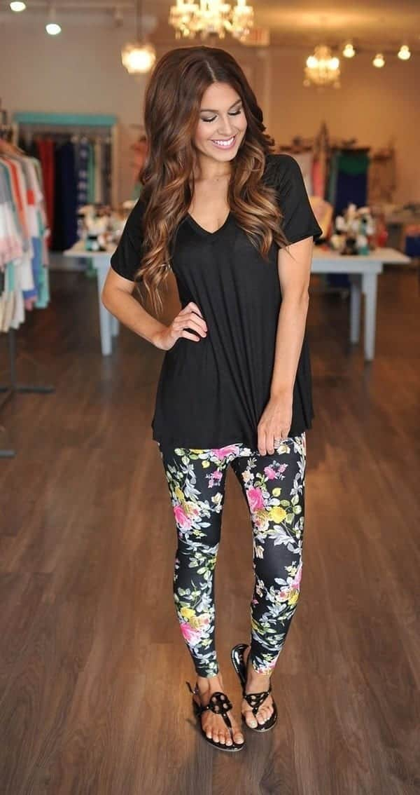 Outfits with Printed Tights - Ideas how to wear Patterned Leggings