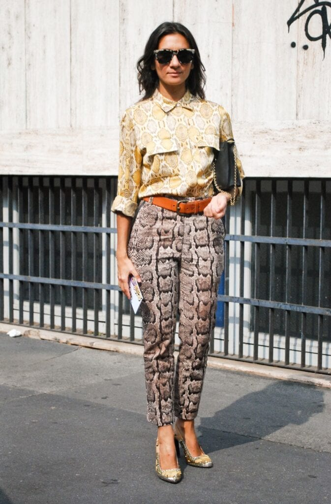 Printed-Pants-10-673x1024 Printed Pants Outfits-17 Ideas On How To Wear Printed Pants