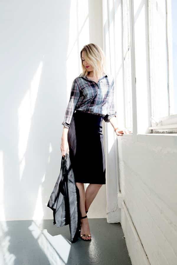 apartment34-ON-Plaid4 Outfits with Pencil Skirt-40 Best Ways to Wear Pencil Skirts