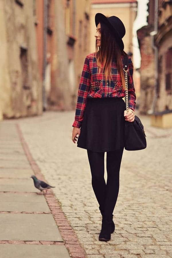 b11 Outfits with Black Tights-20 Ways to Wear Black Tights
