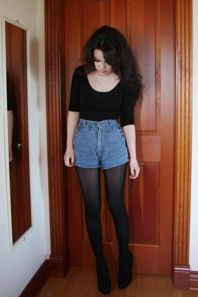 b12 Outfits with Black Tights-20 Ways to Wear Black Tights