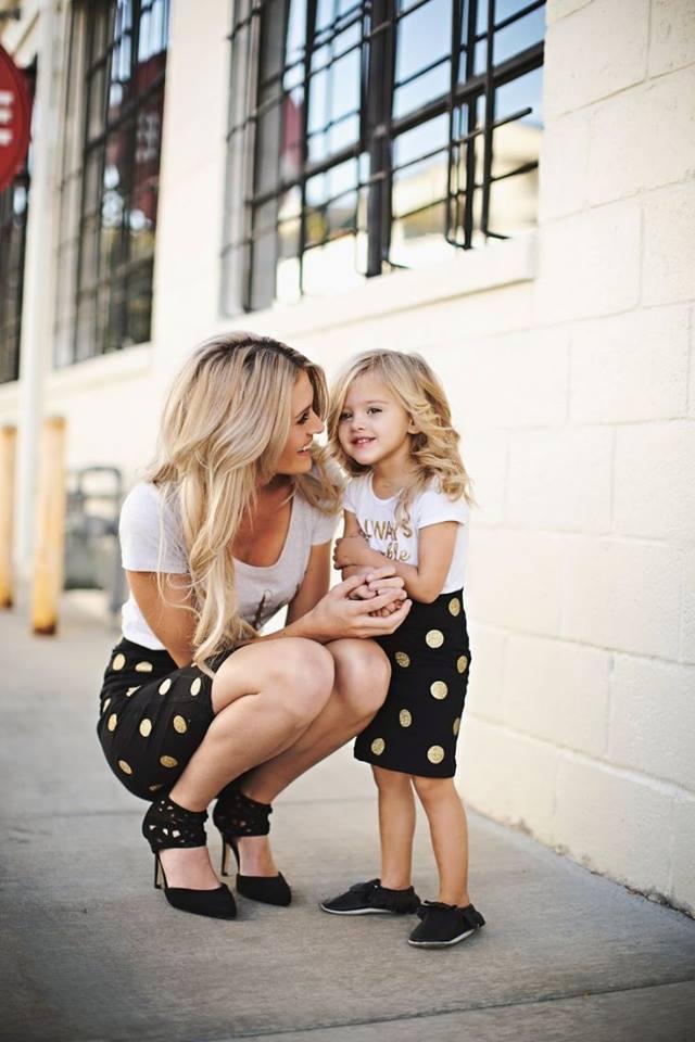 ccccccccccccccccc 100 Cutest Matching Mother Daughter Outfits on Internet So Far