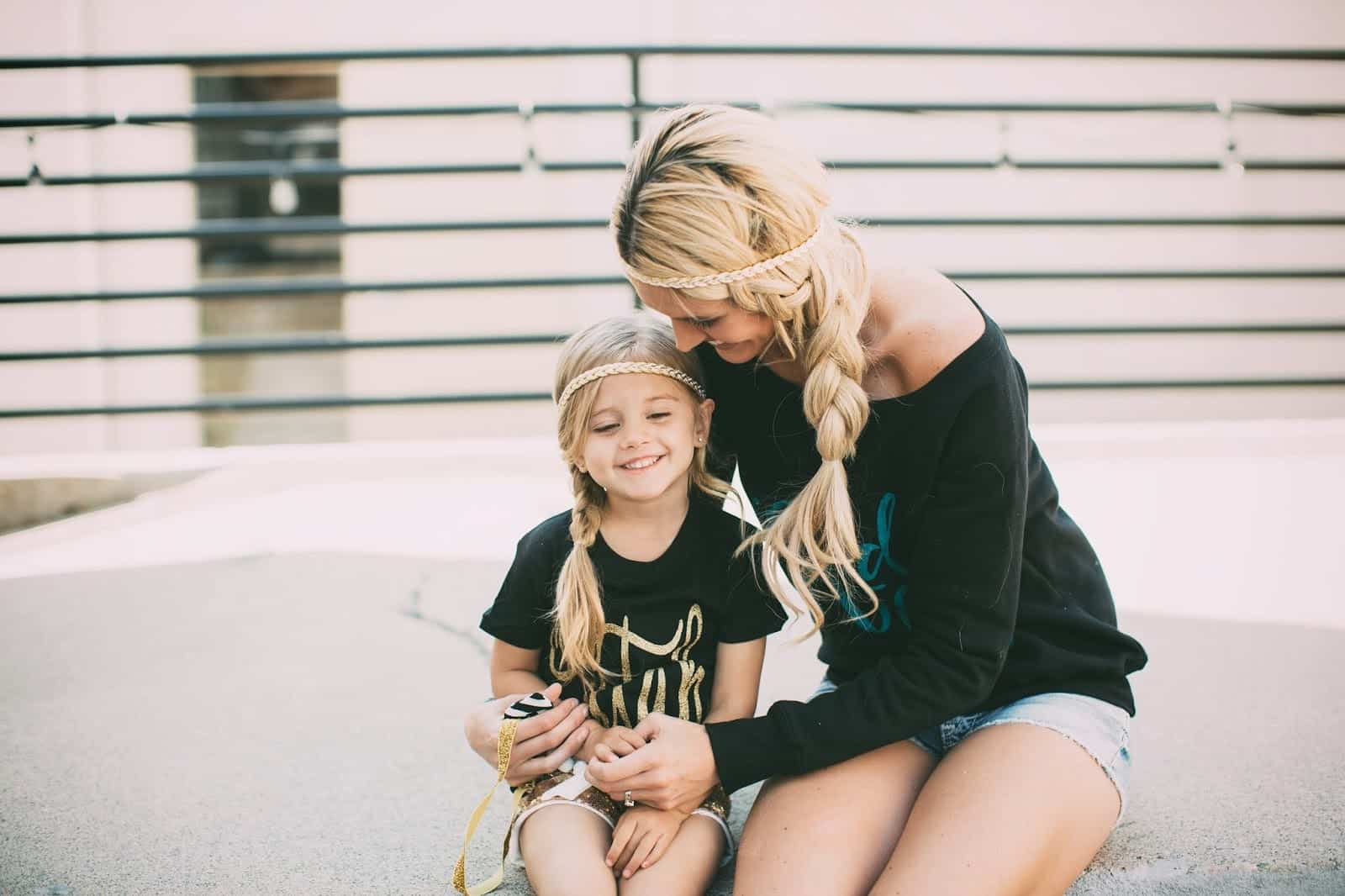 pretty little girl hairstyles : 100 Cutest Matching Mother Daughter Outfits on Internet So Far