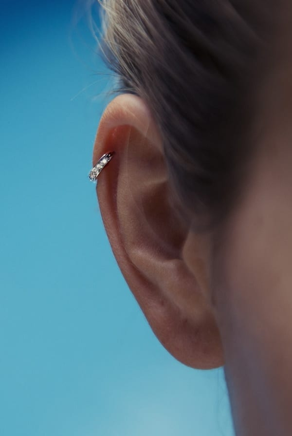 helix Cartilage Piercings Guide - Every Thing You Need to Know About it