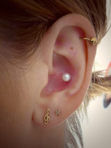 inconch-376x500 Cartilage Piercings Guide - Every Thing You Need to Know About it