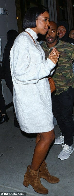 kelly-rowland-white-jumper-dress-with-lace-boots Latest Jumpers Fashion to Copy this Winter-20 Jumper Outfits