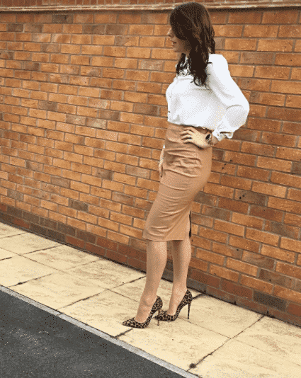 pencil-skirt-outfit-for-church Outfits with Pencil Skirt-40 Best Ways to Wear Pencil Skirts