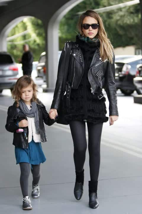 rrrr 100 Cutest Matching Mother Daughter Outfits on Internet So Far