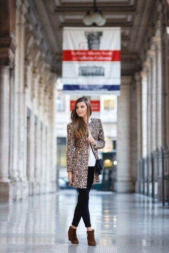 themysteriousgirl.ro-larisacostea-630x945-333x500 Outfits with Leopard coats-20 Ideas to Style Leopard Print Coats