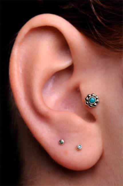 tragus Cartilage Piercings Guide - Every Thing You Need to Know About it