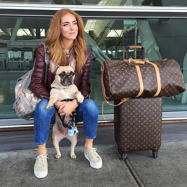 travel-Outfit-14 Women's Outfits for Airport-15 Ways to Travel Like Celebrity