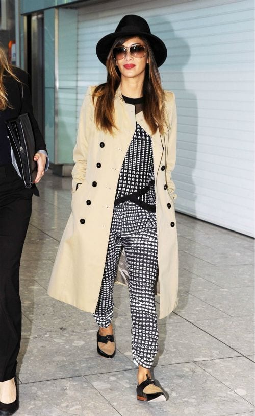 travel-Outfit-15 Women's Outfits for Airport-15 Ways to Travel Like Celebrity