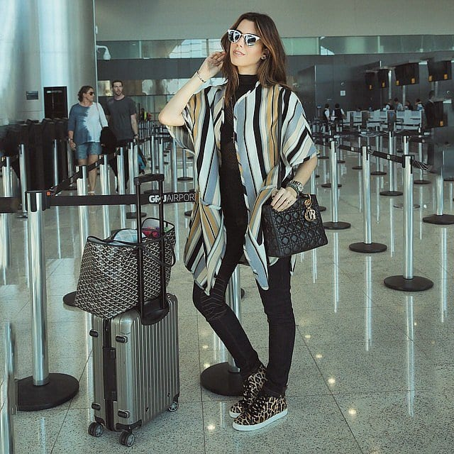 travel-Outfit-9-1 Women's Outfits for Airport-15 Ways to Travel Like Celebrity