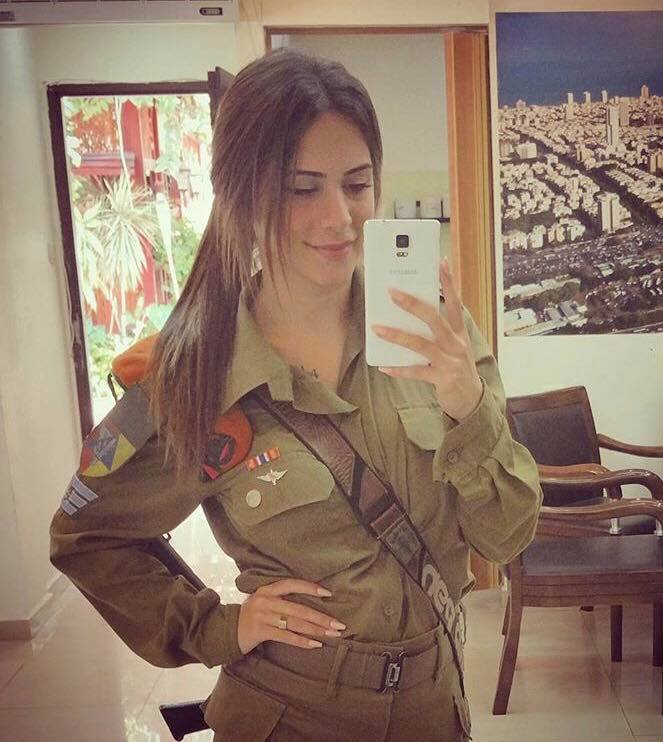 15841517_10154765802758971_1596176822_n Top 20 Countries With Most Attractive Female Soldiers In World
