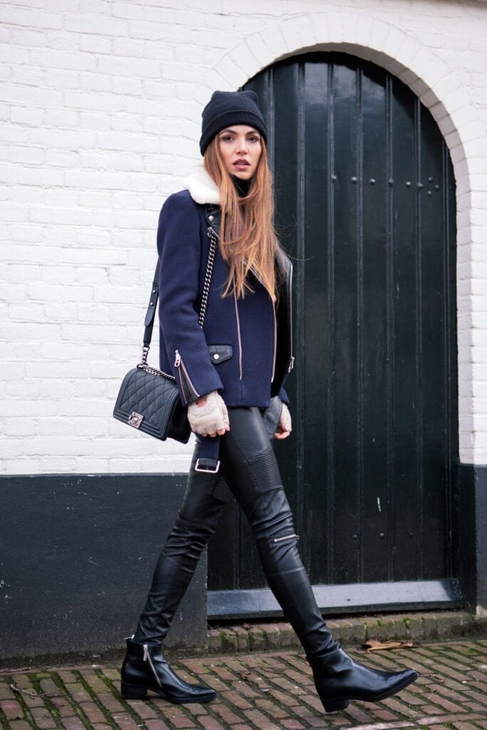 9f24a486e83eb4dcfb24c5736de35fadb973e77f-life-in-leather-4-1200-1-683x1024 Cozy Winter Outfit Idea-20 Cute and Warm Outfits for Winters