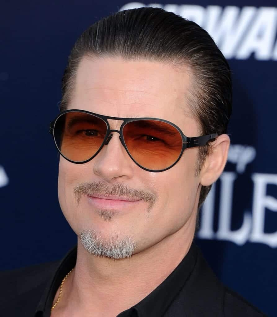 May-2014-Sophisticated-Soul-Patch-893x1024 26 Cool Beard Styles for Short Hair Men for Perfect Look