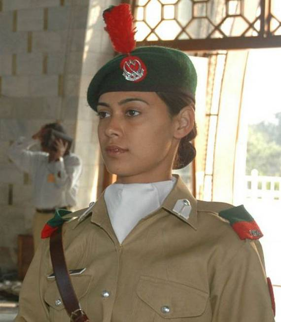 Pakistan Top 20 Countries With Most Attractive Female Soldiers In World