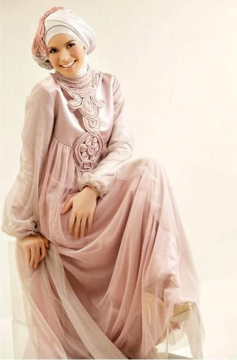 hijab-25 Hijab Engagement Dresses - 27 Beautiful Engagement Dresses for Hijabis