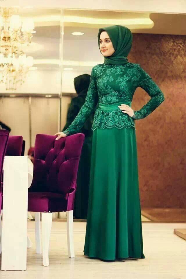 hijab-31 Hijab Engagement Dresses - 27 Beautiful Engagement Dresses for Hijabis