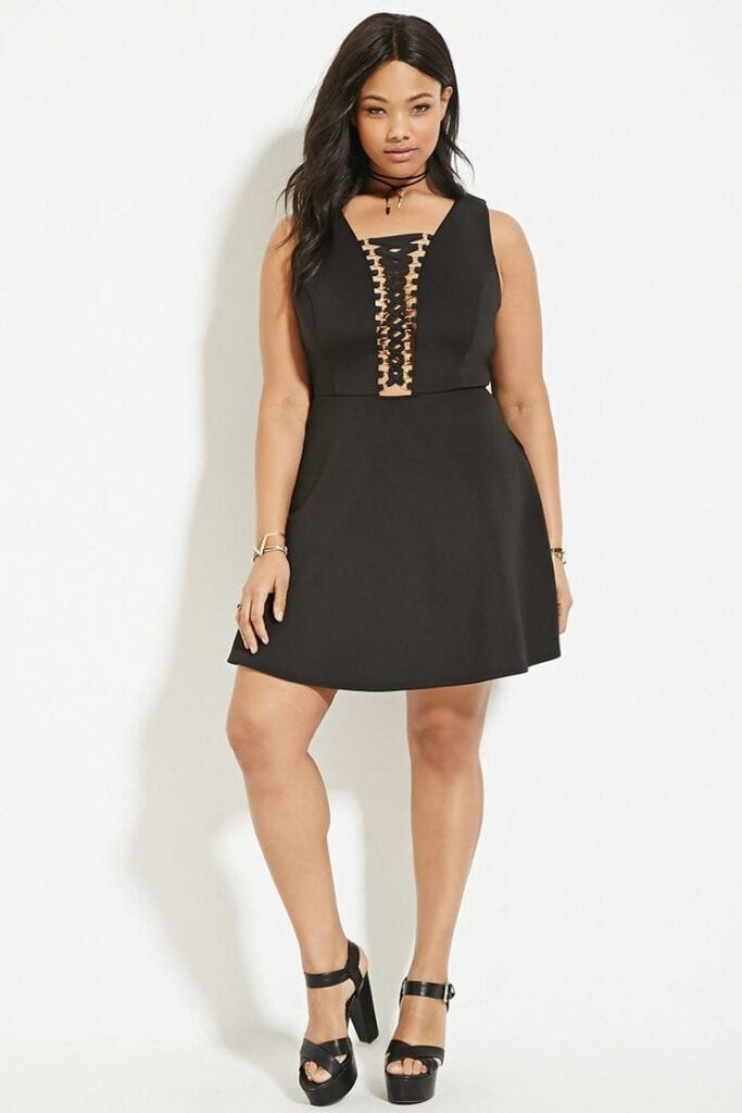 lace-up-10-683x1024 20 Cute Lace up Dresses That are Trending These Days