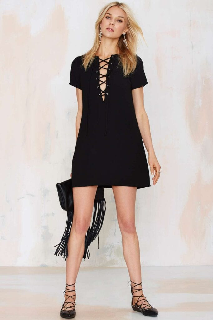 lace-up-17-683x1024 20 Cute Lace up Dresses That are Trending These Days