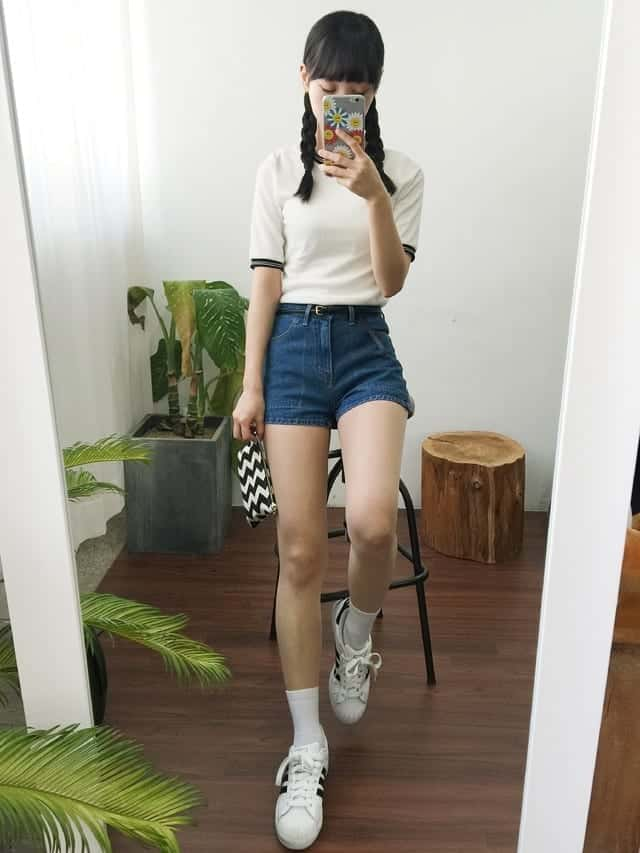 Sporty Outfits for School Girls (31)