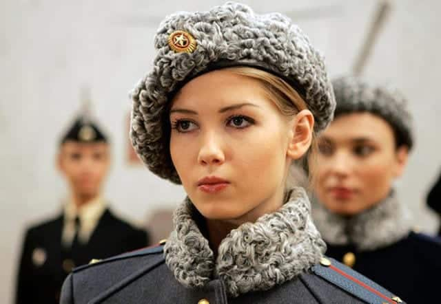which_country_has_the_most_beautiful_female_army_soldiers_640_38 Top 20 Countries With Most Attractive Female Soldiers In World