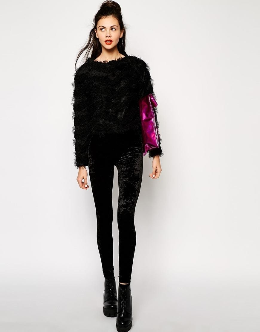 Outfits with Velvet Leggings (17)